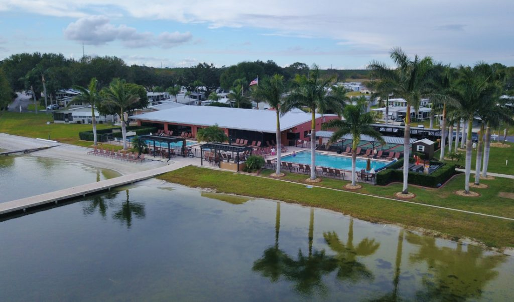 Types of Mobile Home Communities - Waterfront Community
