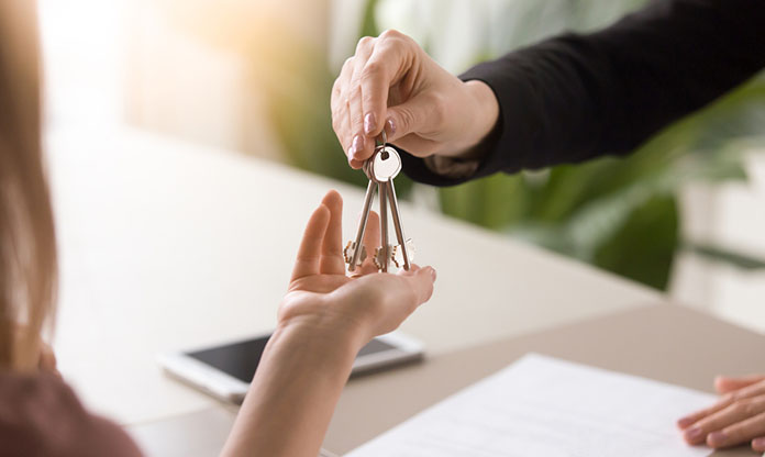 Keys to the new mobile home for rent