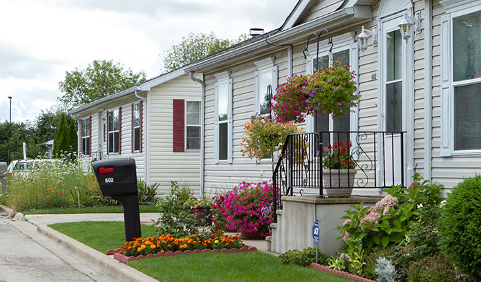 street row of homes renting a mobile home