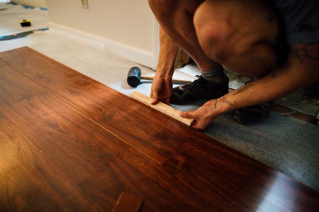 Laminate mobile home flooring
