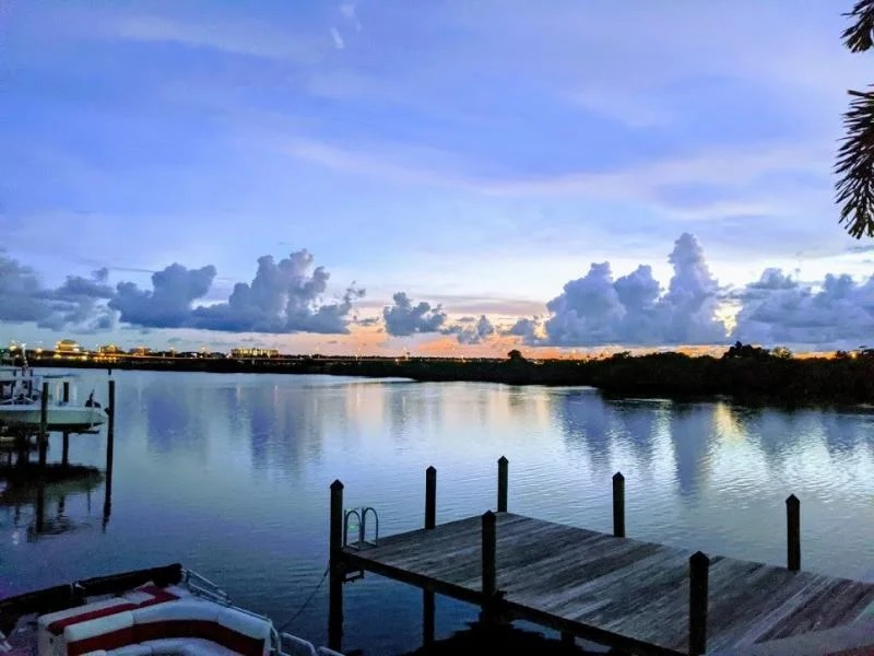 Waterfront mobile home in Florida dock view