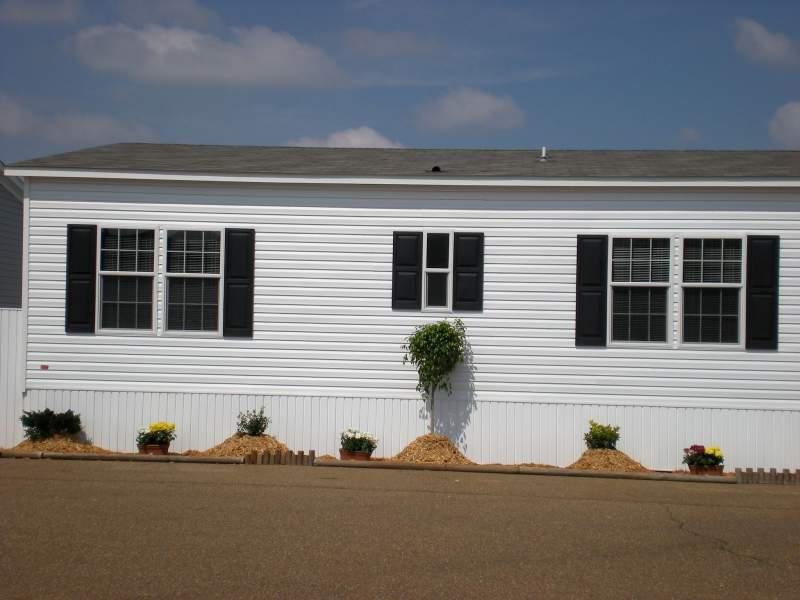 Asphalt shingles is a great mobile home roofing option