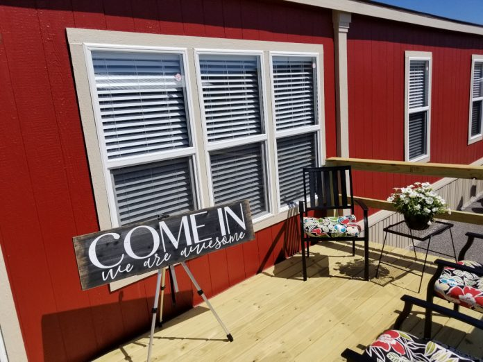 New Vision Porch Latest Homes in Tunica